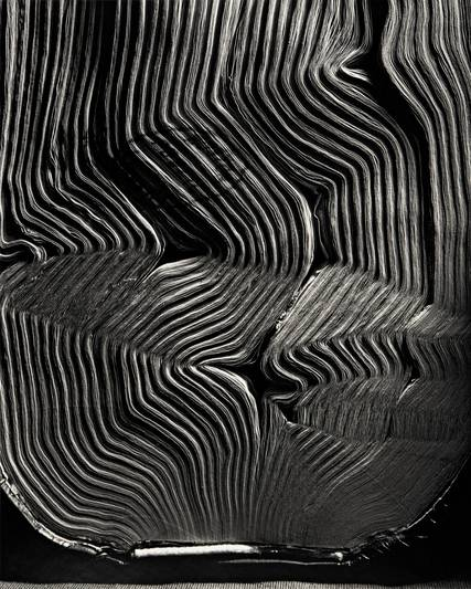 Abelardo Morell, Book with Wavy Pages, 2001 © Abelardo Morell / Courtesy of the artist and Edwynn Houk Gallery, New York and Zurich