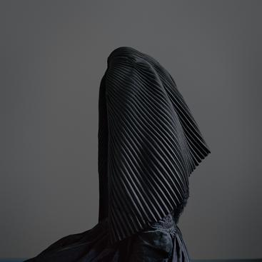 Trine Sondergaard, Surrigkap, Dress of Mourning, 2016