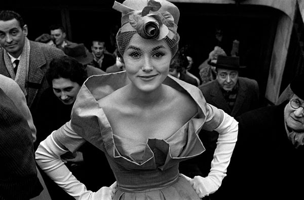 Paris, for Jardin des Modes with Monique Dutto at metro exit, 1959 © Frank Horvat