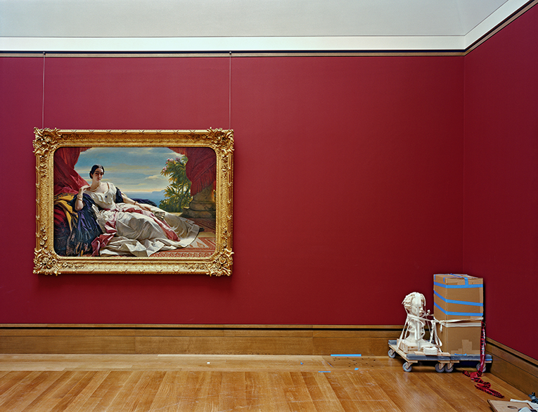 European Painting 1850–1900 Gallery, J. Paul Getty Museum, 1997, Robert Polidori, chromogenic print. Courtesy of the artist in conjunction with The Lapis Press. © Robert Polidori